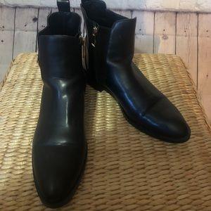 Zara Trafaluc black boots